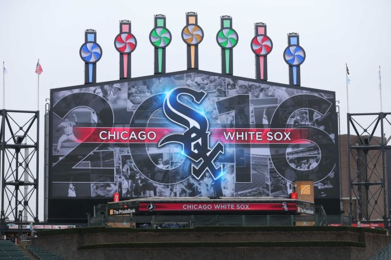 Mlb-cleveland-indians-chicago-white-sox-768x511
