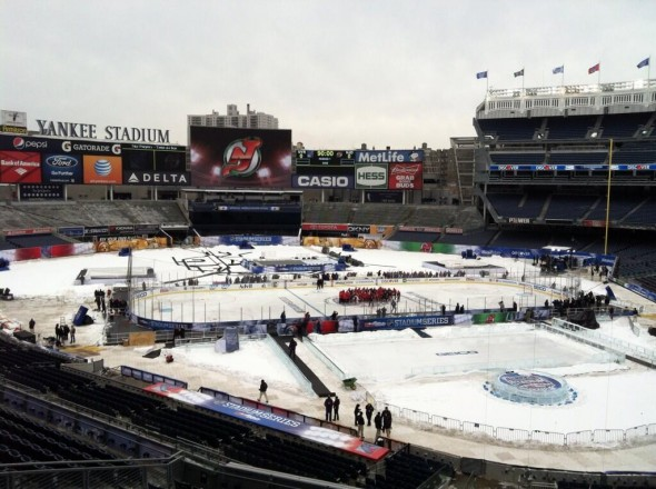 yankee stadium rink hockey
