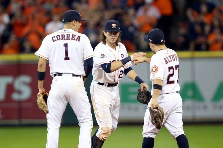 Jose-altuve-colby-rasmus-carlos-correa-mlb-alds-kansas-city-royals-houston-astros-768x0