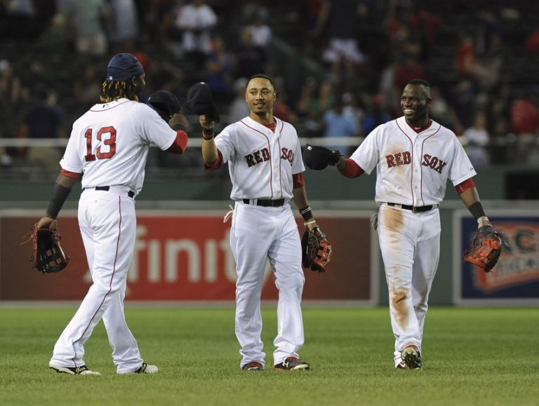 Mookie-betts-hanley-ramirez-rusney-castillo-mlb-cleveland-indians-boston-red-sox-768x0