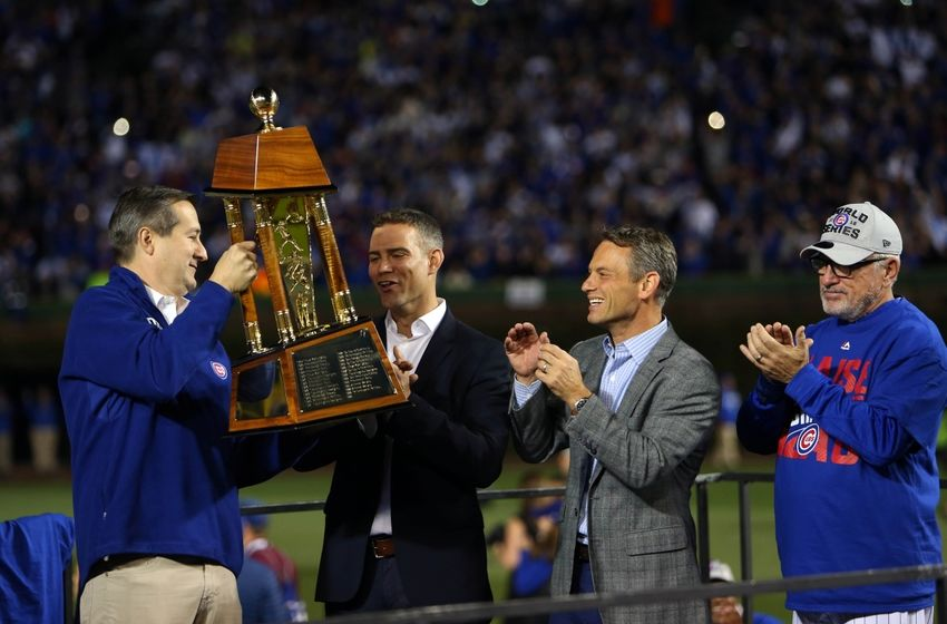 9626560-tom-ricketts-theo-epstein-mlb-nl