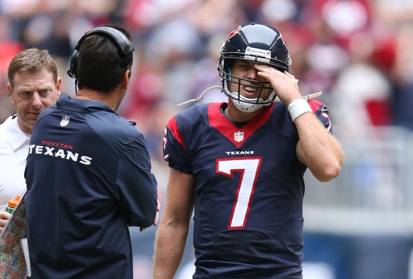 Nfl Qb Battles Houston Texans Push Fitzpatrick Past