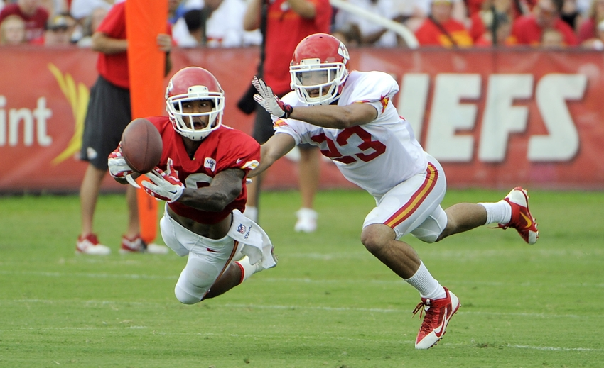 Kansas City Chiefs Phillip Gaines Carted Off Field Nfl