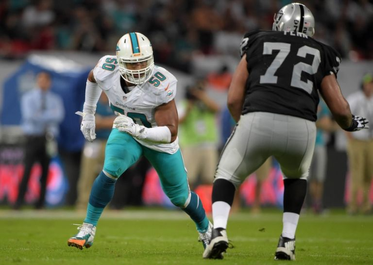 Olivier-vernon-donald-penn-nfl-international-series-miami-dolphins-oakland-raiders-768x0