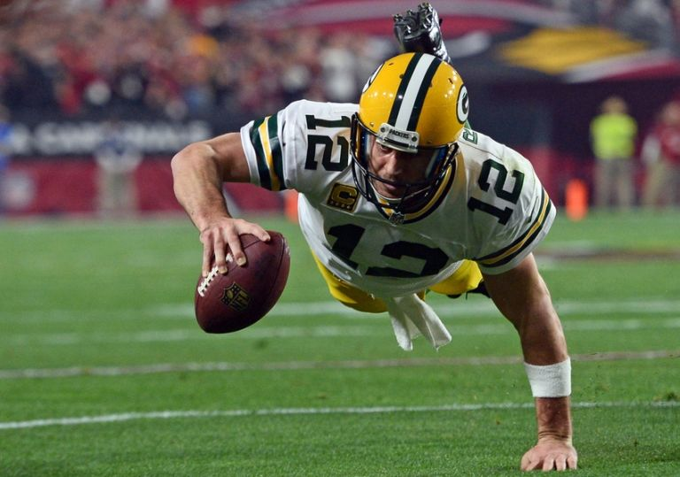 Aaron-rodgers-nfl-nfc-divisional-green-bay-packers-arizona-cardinals-768x0