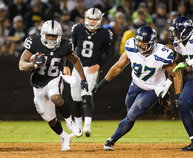 Oakland Raiders Running Back Jalen Richard 46 Carries The Ball Against Seattle Seahawks