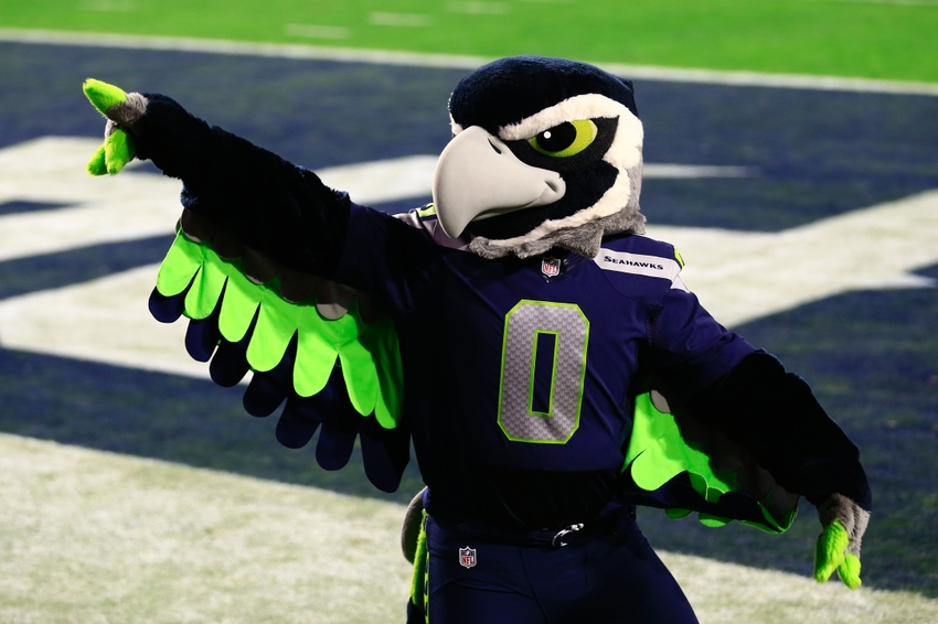 Seattle Seahawks Mug Mascot To Celebrate Big Play Video