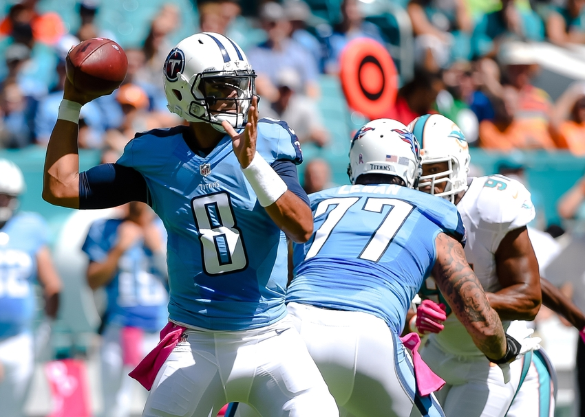 Marcus Mariota Owning Miami Dolphins In First Half Video