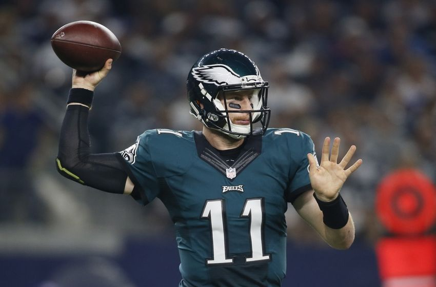 Carson Wentz Puts The Eagles Up 10 With His First Td Pass