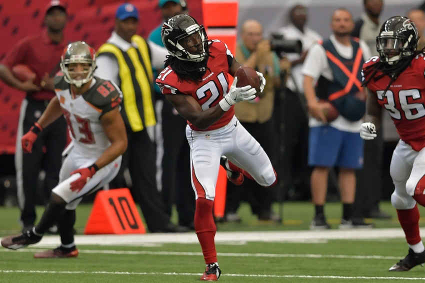 Nfl Inactives Week 12 Tom Brady Playing Desmond Trufant Out