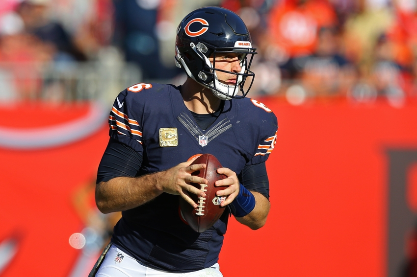 Jay Cutler Threads Needle To Zach Miller For Bears