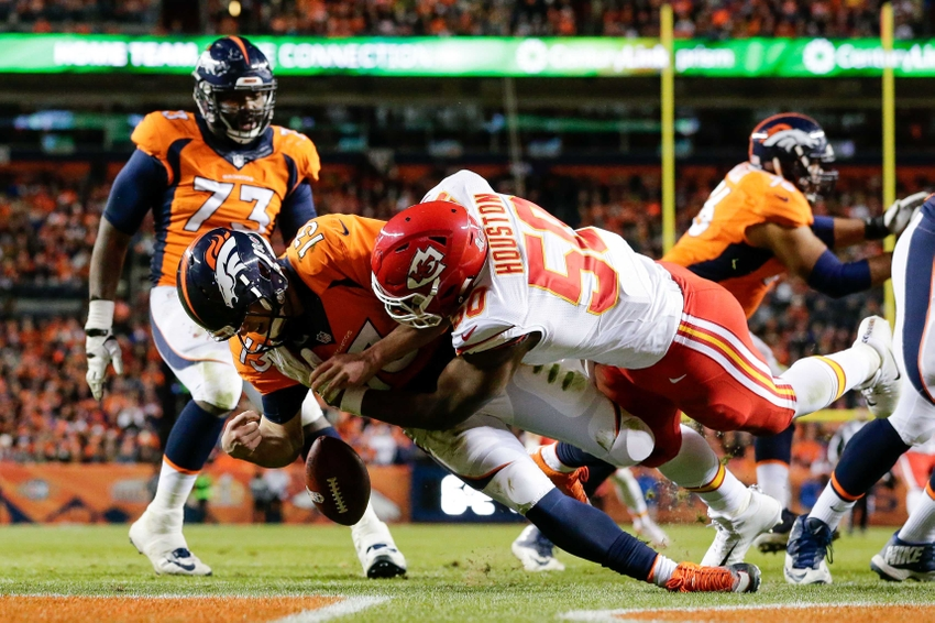 http://cdn.fansided.com/wp-content/blogs.dir/136/files/2016/11/9710437-justin-houston-trevor-siemian-nfl-kansas-city-chiefs-denver-broncos.jpg