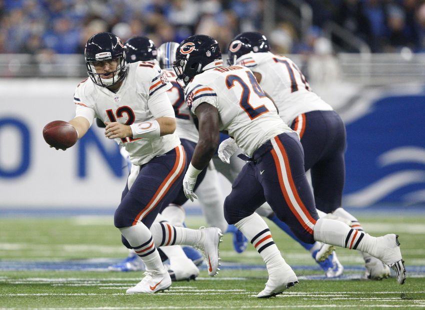 9741004-jordan-howard-matt-barkley-nfl-chicago-bears-detroit-lions