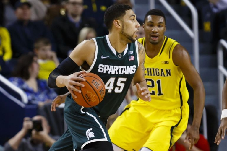 Zak-irvin-denzel-valentine-ncaa-basketball-michigan-state-michigan-1-768x0