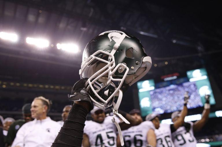 Ncaa-football-big-ten-championship-iowa-vs-michigan-state-3-768x511