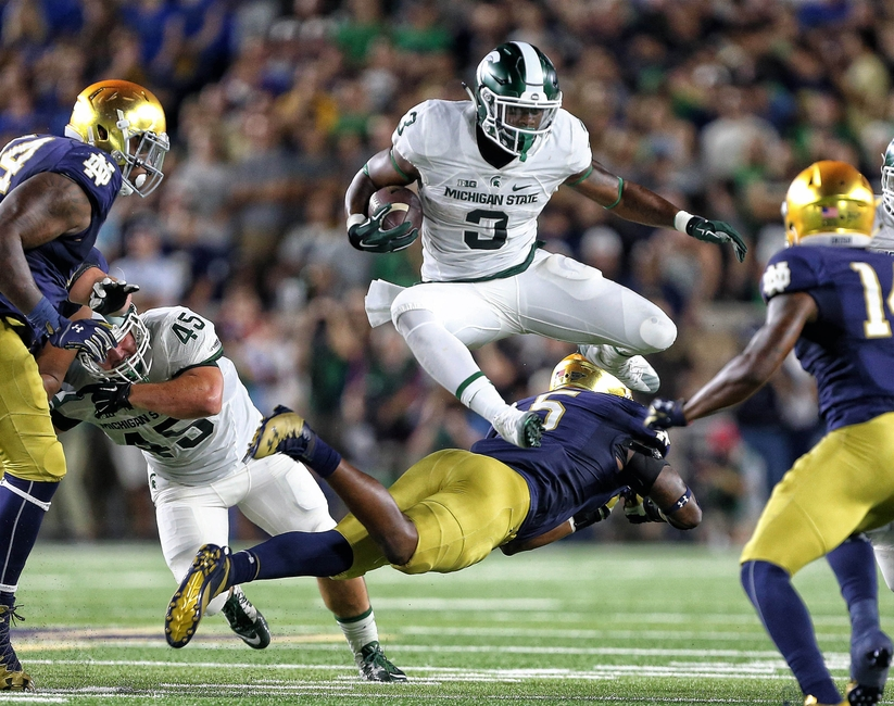 9547020-ncaa-football-michigan-state-notre-dame