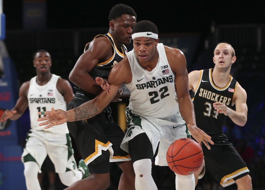 9701749-conner-frankamp-ncaa-basketball-battle-4-atlantis-wichita-state-vs-michigan-state-
