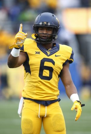 Oct 4, 2014; Morgantown, WV, USA; West Virginia Mountaineers wide receiver Daikiel Shorts (6) gestures on the field before playing the Kansas Jayhawks at Milan Puskar Stadium. West Virginia won 33-14. Mandatory Credit: Charles LeClaire-USA TODAY Sports