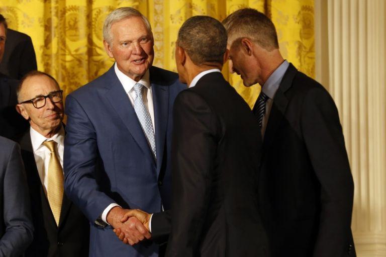 Jerry-west-president-barack-obama-nba-golden-state-warriors-white-house-visit-768x0