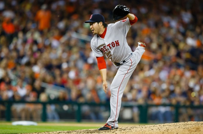 Tazawa, Red Sox agree at $3375000, avoid arbitration