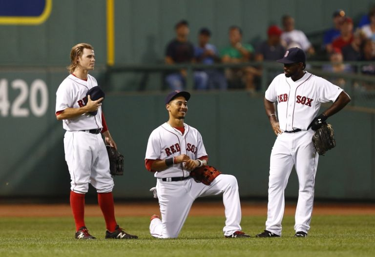 Mookie-betts-jackie-bradley-jr-brock-holt-mlb-toronto-blue-jays-boston-red-sox-768x0