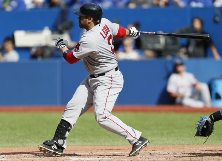 Sandy-leon-mlb-boston-red-sox-toronto-blue-jays-768x558