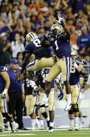Aug 31, 2013; Seattle, WA, USA; Washington Huskies defensive end Hau