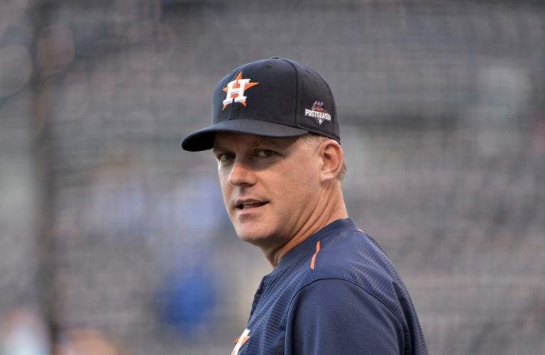 A.j.-hinch-mlb-alds-houston-astros-kansas-city-royals-768x0