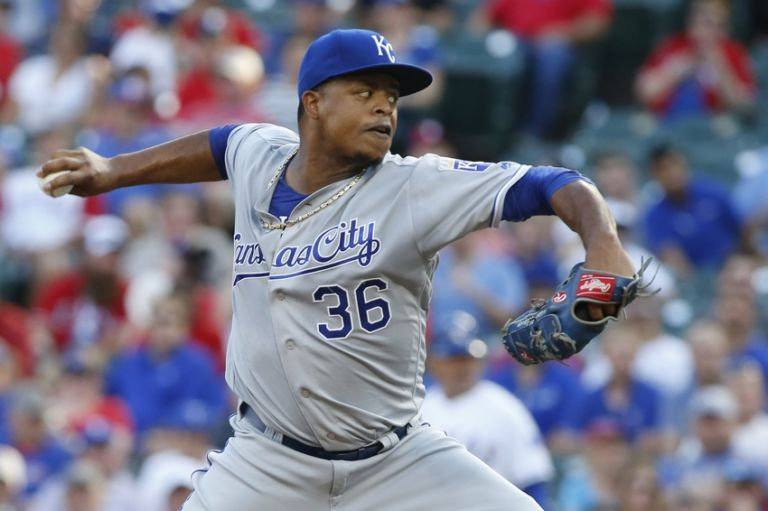 Edinson-volquez-mlb-kansas-city-royals-texas-rangers-768x511