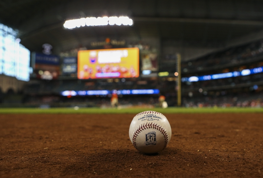 8823369-mlb-texas-rangers-houston-astros