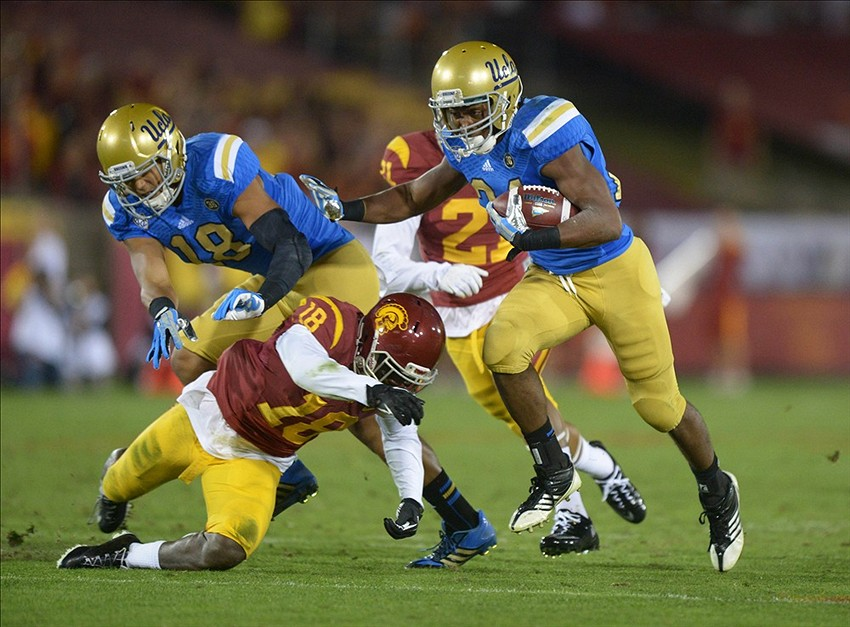 USC vs. UCLA Score Update: UCLA Leads USC 14-7 at the Half