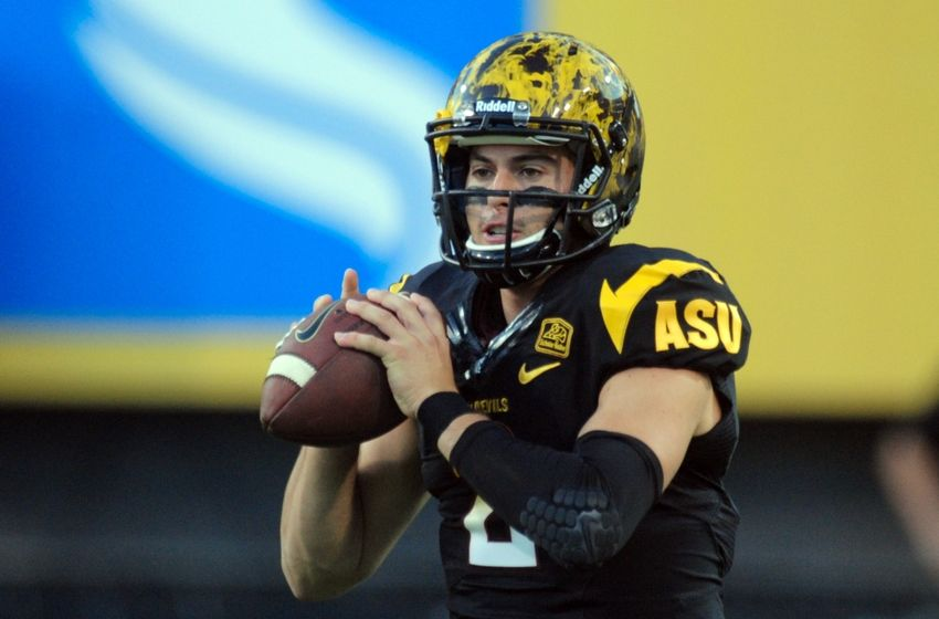 http://cdn.fansided.com/wp-content/blogs.dir/144/files/2014/10/mike-bercovici-ncaa-football-ucla-arizona-state-850x560.jpg