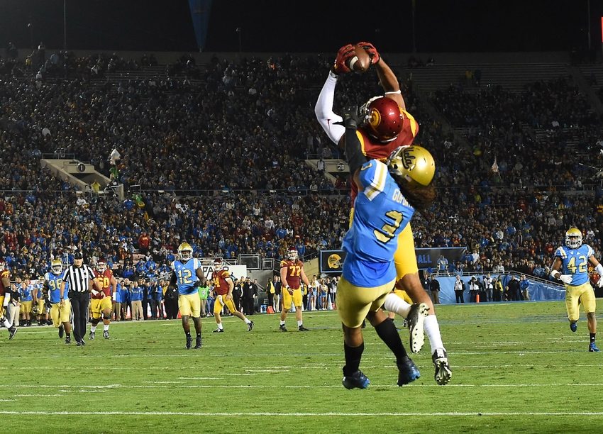 9692142-randall-goforth-ncaa-football-southern-california-ucla