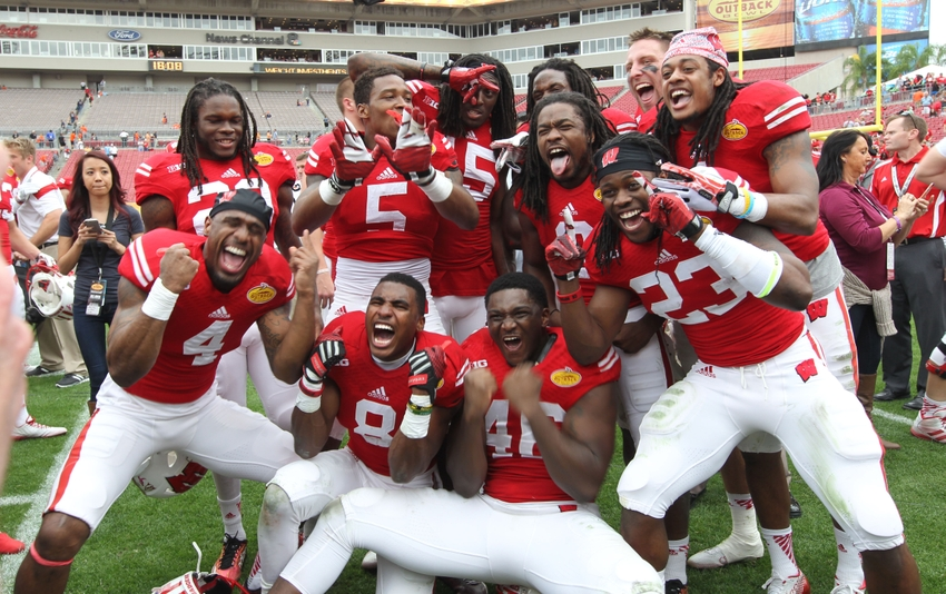 Outback Bowl Win Propels Wisconsin Badgers to Number 13 in Final AP