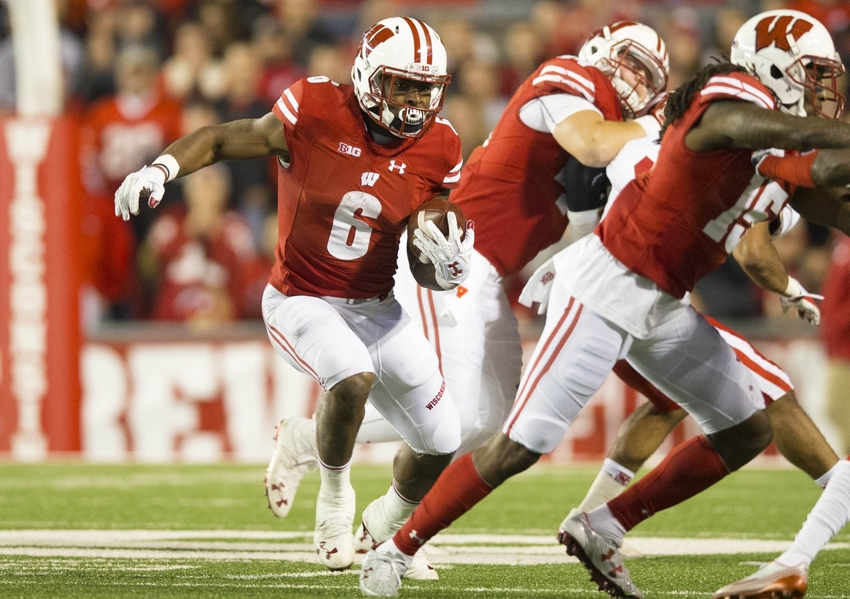 9641597-corey-clement-ncaa-football-nebraska-wisconsin