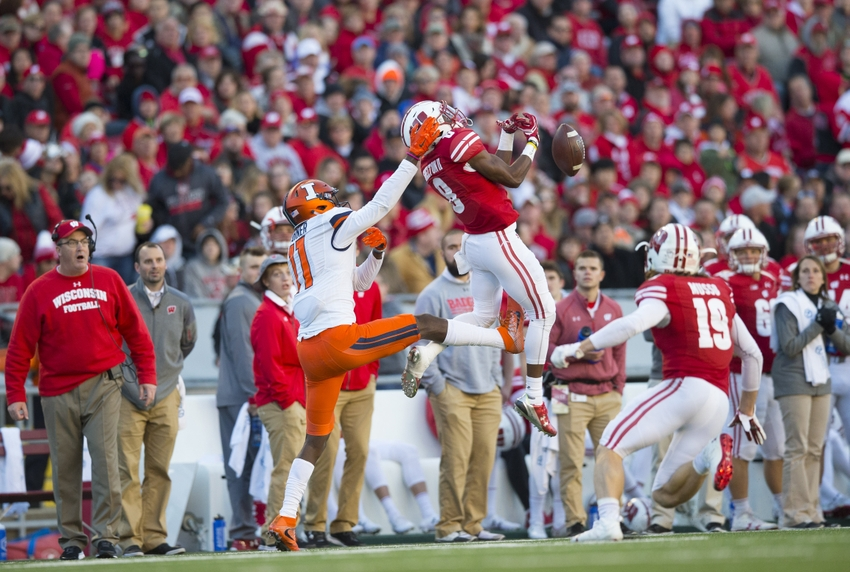 Nov 12, 2016; Madison, WI, USA; Wisconsin Badgers cornerback Sojourn Shelton (8) breaks up the pass intended for Illinois Fighting Illini wide receiver Malik Turner (11) during the second quarter at Camp Randall Stadium. Mandatory Credit: Jeff Hanisch-USA TODAY Sports