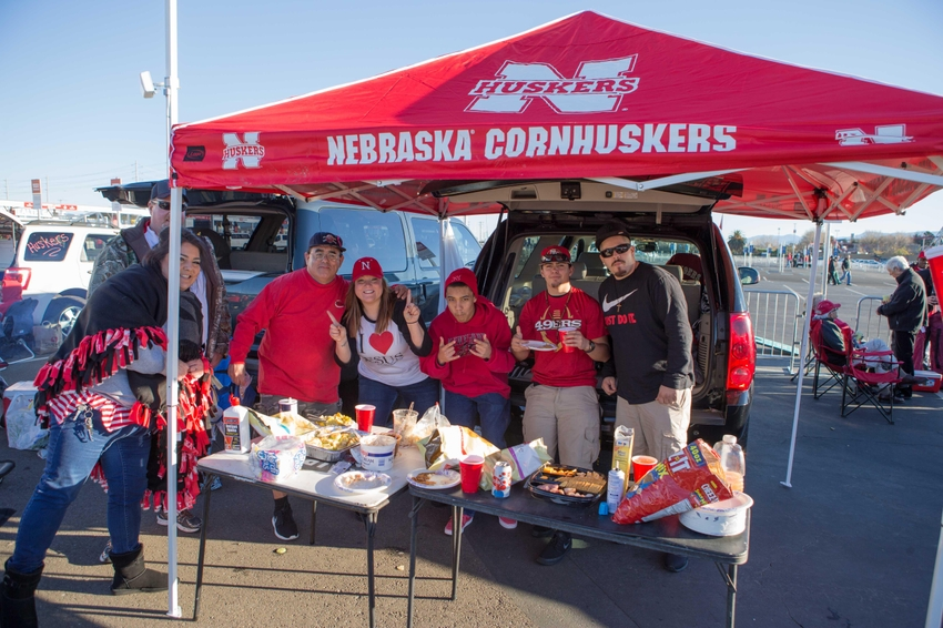 9017410-ncaa-football-foster-farms-bowl-ucla-vs-nebraska-1