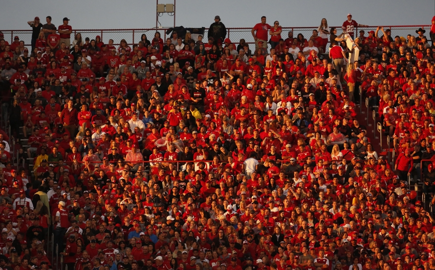 9527743-ncaa-football-fresno-state-nebraska-1