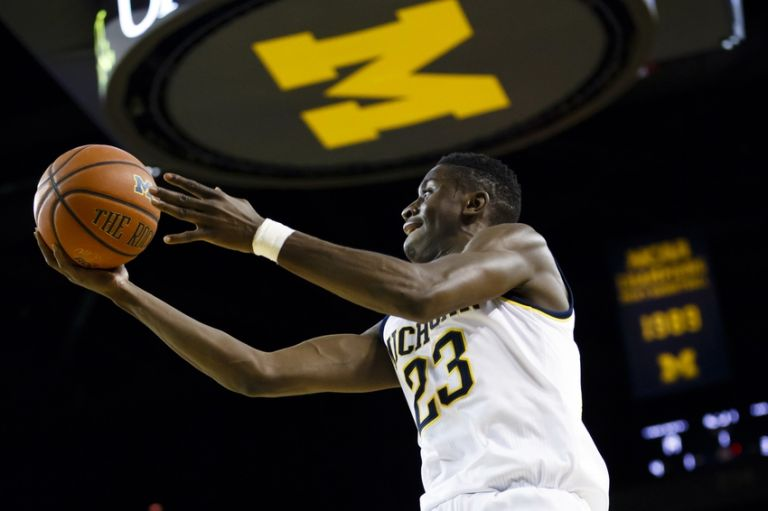 Caris-levert-ncaa-basketball-youngstown-state-michigan-768x0