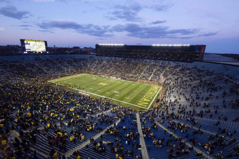 Ncaa-football-michigan-spring-game-1-768x511