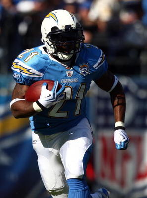 With Running Backs LaDainian Tomlinson And Brian Westbrook ... Ladainian Tomlinson Running