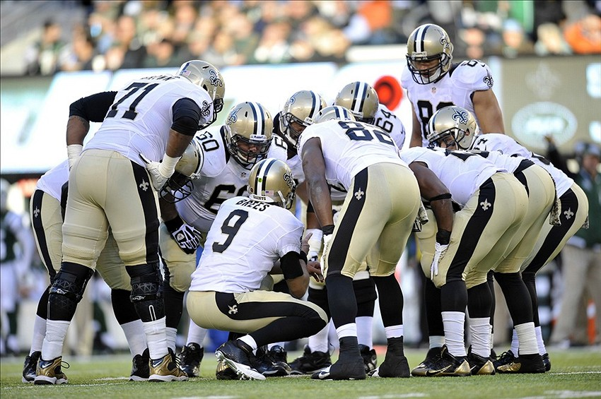 Drew Brees Saints Huddle Drew Brees 9 Huddles His