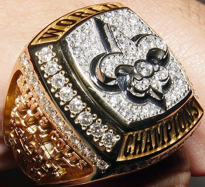 2-new-orleans-saints-2010-Super-Bowl-XLIV-championship-ring