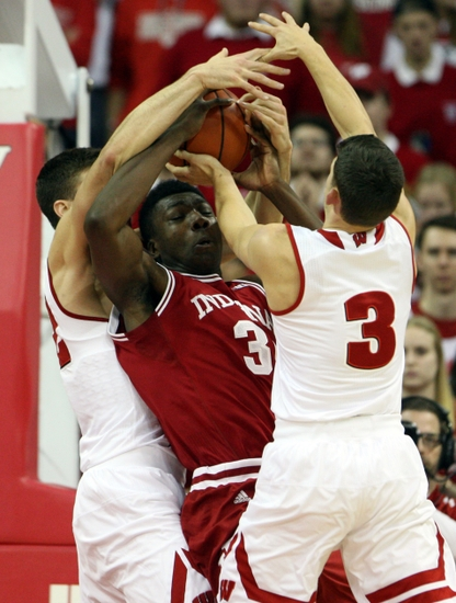 Zak-showalter-ncaa-basketball-indiana-wisconsin-1