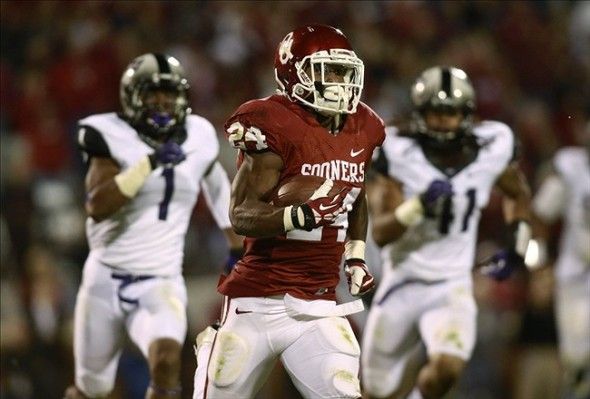 Oklahoma Sooners Remain in 10th in Coaches Poll