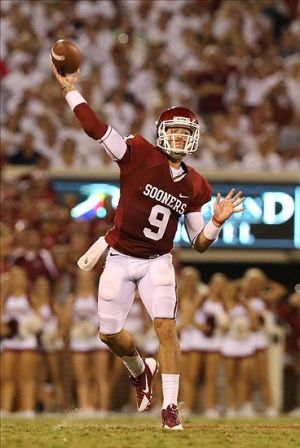 Sep 7, 2013; Norman, OK, USA; Oklahoma Sooners quarterback Trevor Knight (9) throws in the pocket in the third quarter against the West Virginia Mountaineers at Gaylord Family - Oklahoma Memorial Stadium. The Oklahoma Sooners beat the West Virginia Mountaineers 16-7. Mandatory Credit: Matthew Emmons-USA TODAY Sports