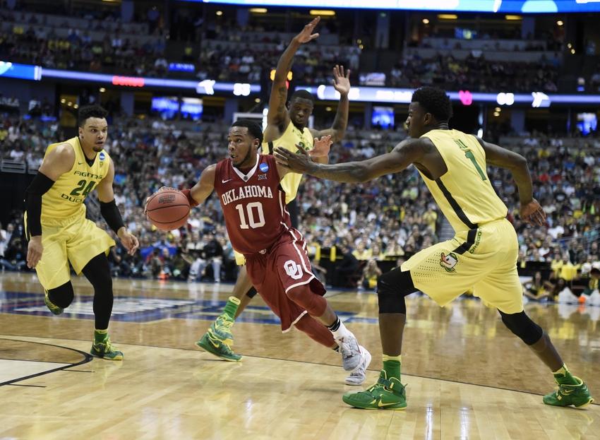 9212819-jordan-bell-jordan-woodard-dillon-brooks-ncaa-basketball-ncaa-tournament-west-regional-oklahoma-vs-oregon