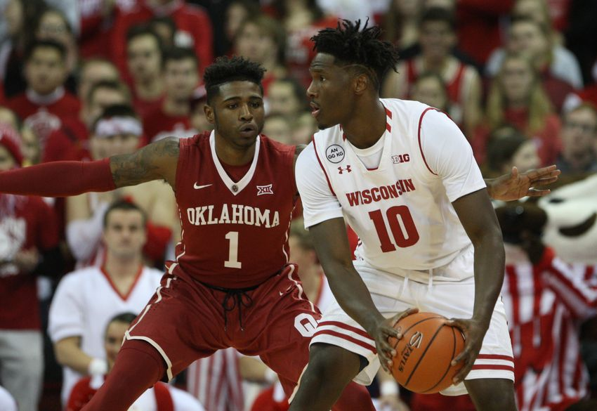 Sooners End Losing Streak With Win Over Texas