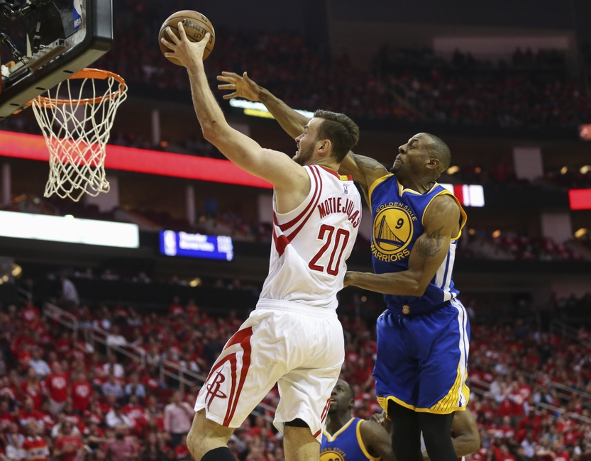 Andre-iguodala-donatas-motiejunas-nba-playoffs-golden-state-warriors-houston-rockets