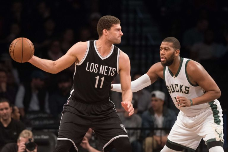 9204622-greg-monroe-brook-lopez-nba-milwaukee-bucks-brooklyn-nets-768x511